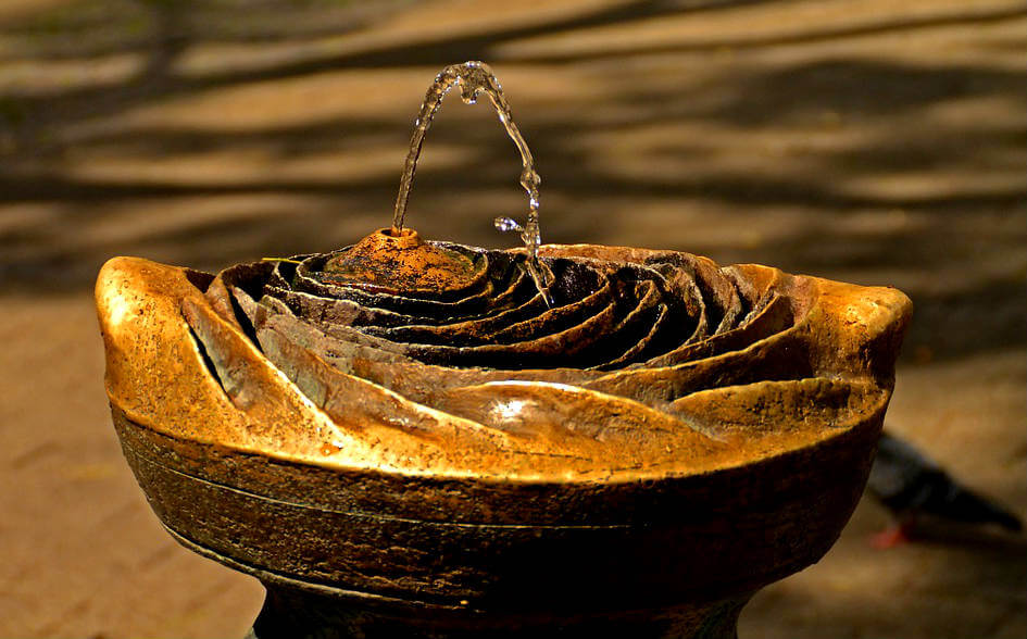Comment fonctionne une fontaine de jardin ?
