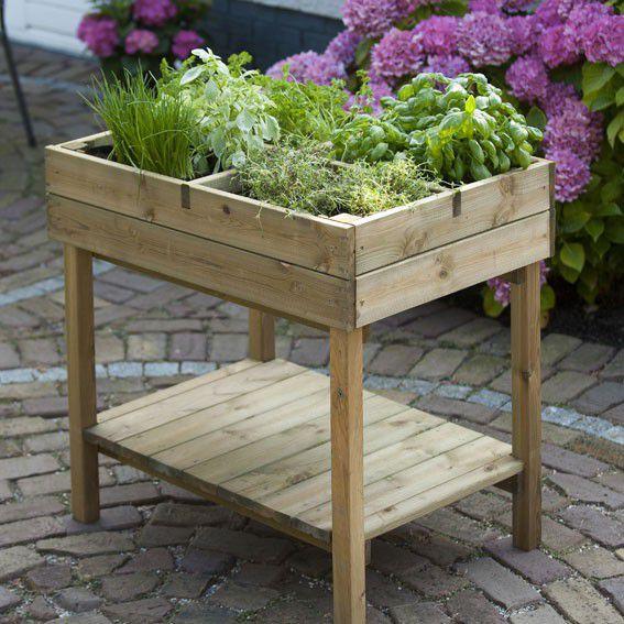 Carr potager en bois sur pied jardinet for Dans un jardin boutique