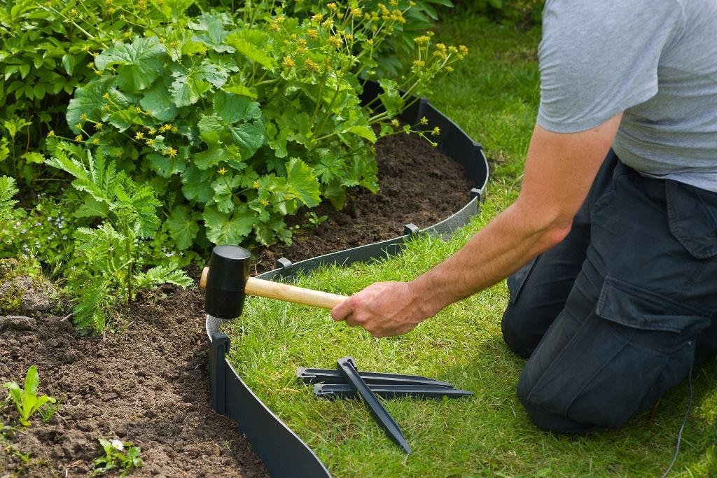 bordure de jardin en poly thyl ne recycl h15x10m jardinet. Black Bedroom Furniture Sets. Home Design Ideas